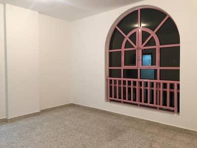 فلیٹ 2 غرفة نوم للايجار في شارع النجدة، أبوظبي - شقة في شارع النجدة 2 غرف 55000 درهم - 3768997