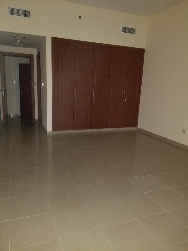 very huge and Luxury 2BR (1800-sq. ft) A. c free + month Free for more information call