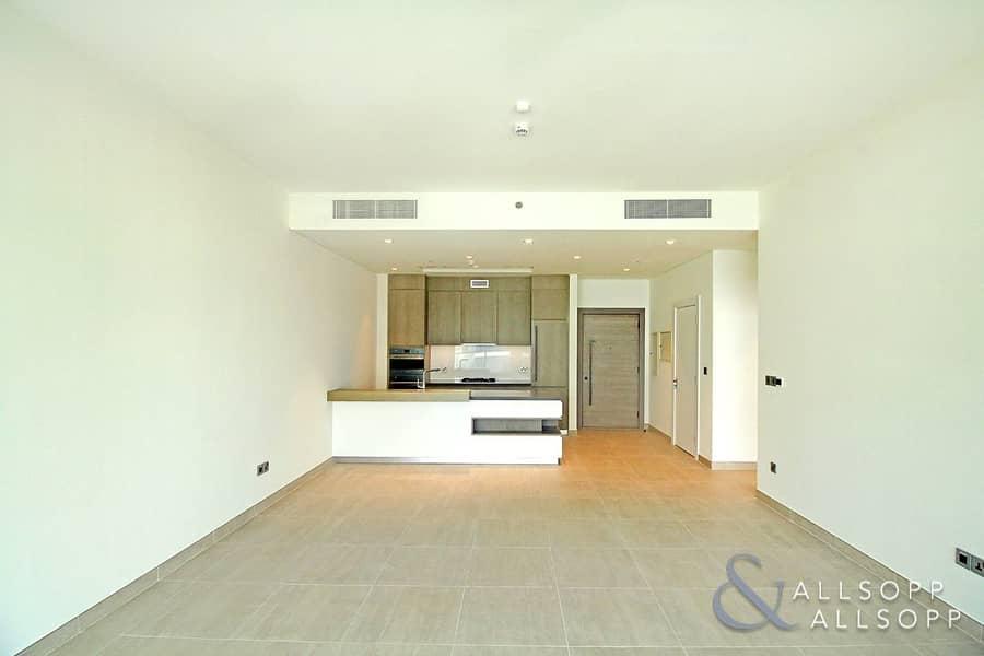 10 Sea View | Brand New | Modern | 1 Bedroom