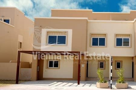 5 Bedroom Villa for Sale in Al Reef, Abu Dhabi - 2.2 M Vacant Single Row Villa for Sale.