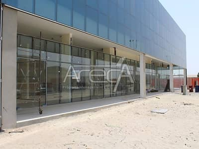 Showroom for Rent in Mussafah, Abu Dhabi - Huge Showroom with Big Warehouse! Core n Shell Strategically Located in Mussafah
