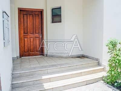 5 Bedroom Villa for Rent in Al Khalidiyah, Abu Dhabi - No Commission, 4 Payments! Marvelous 5 Bed Villa! Al Khalidiyah