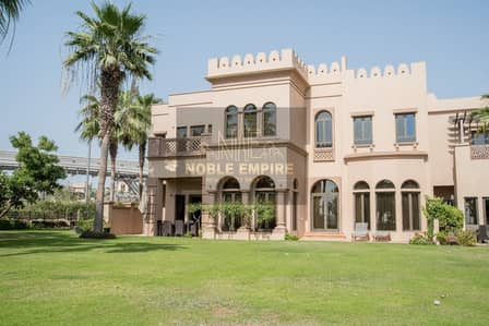 3 Bedroom Villa for Sale in Palm Jumeirah, Dubai - VILLA W/BEAUTIFUL VIEW | WE OFFER ONLY THE BEST