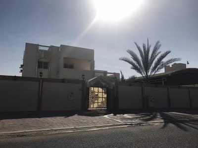 5 Bedroom Villa for Sale in Al Jurf, Ajman - BIG VILLA FOR SALE IN AJMAN