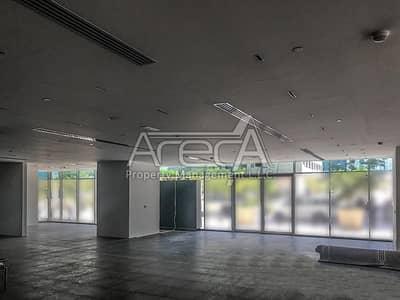 Showroom for Rent in Al Khalidiyah, Abu Dhabi - Fully Fitted Showroom! Prime Location in Al Khalidiya Area
