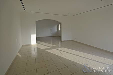 3 Bedroom Villa for Rent in The Meadows, Dubai - Meadows Six | Type 15 | Upgraded Kitchen