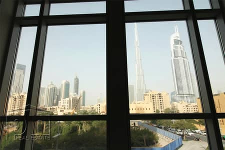 1 Bedroom Flat for Rent in Downtown Dubai, Dubai - Stunning 1 Bed with Burj Khalfa Views