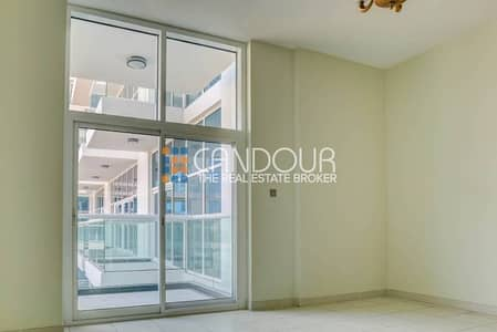 Pay 25% and Move in | Studio with Pool View |Glitz 1