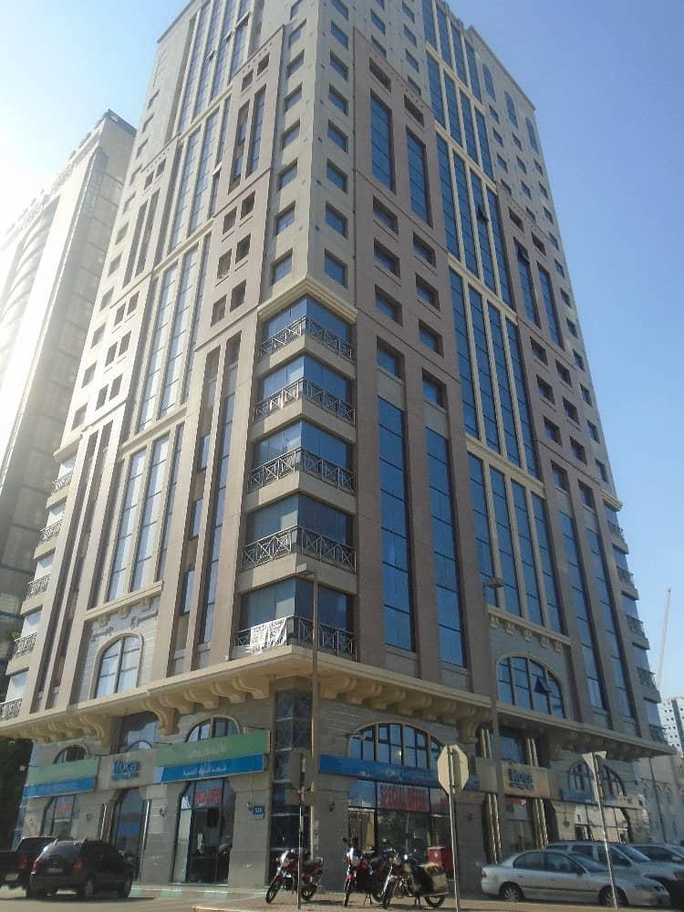 شقة في شارع النجدة 1 غرف 50000 درهم - 3797836