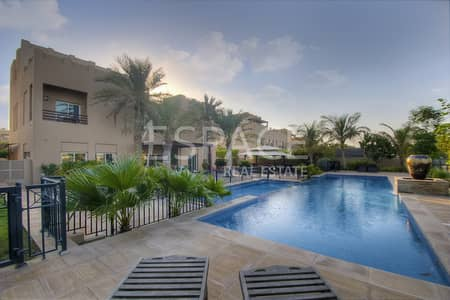 7 Bedroom Villa for Sale in Arabian Ranches, Dubai - Stunning L2 Hattan With Golf Course View