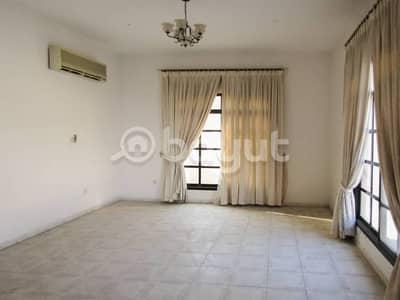 فیلا في القوز الشارقة 3 غرف 100000 درهم - 3057294