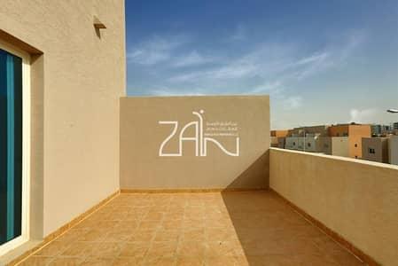 3 Bedroom Villa for Sale in Al Reef, Abu Dhabi - Best Deal 3 BR Villa with Garden+Parking
