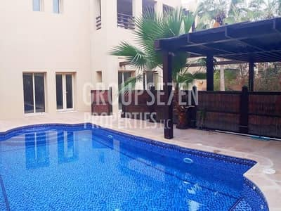 6 Bedroom Villa for Rent in The Lakes, Dubai - Private Pool Immaculate Luxurious Villa E1 Type