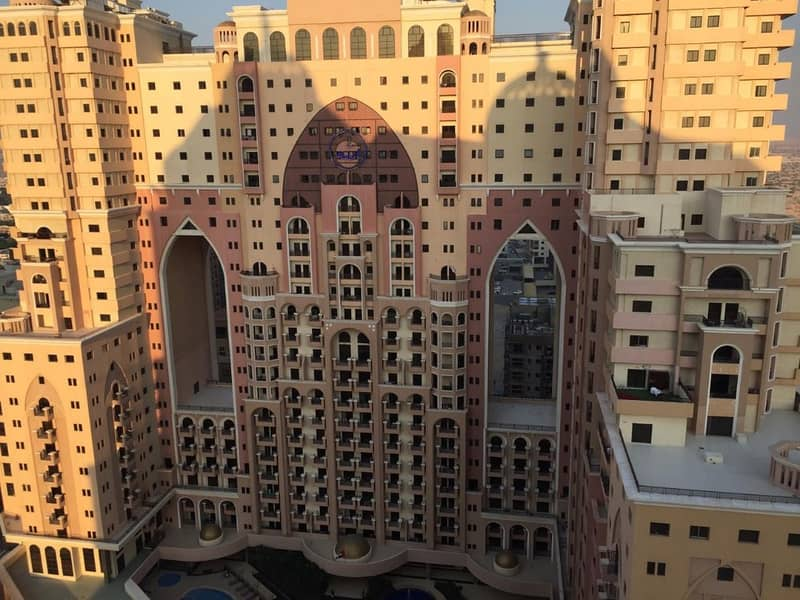 HOT DEAL! Quick Sale! - Beautiful Furnished STUDIO Apartment in Palace Tower at Silicon Oasis
