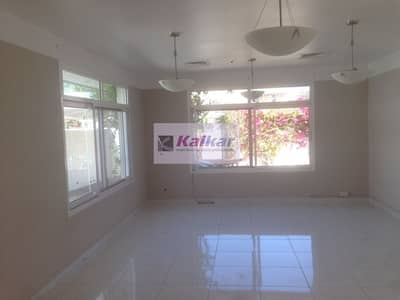 3 Bedroom Villa for Rent in Jumeirah, Dubai - Jumeirah !!!  single storey 3 Bedroom villa available with small private garden and separate entrance