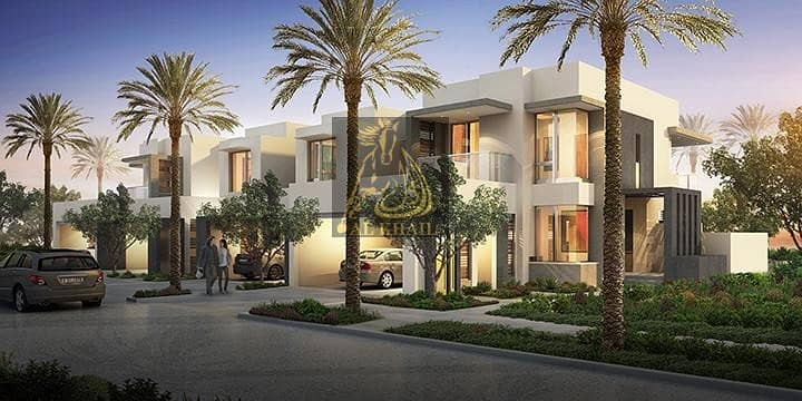 5 bedroom in Maple Phase I end-unit Single row for sale