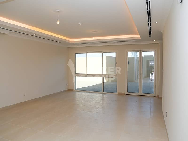 2 Vacant Type 4D4 | Single Row | Next To Park