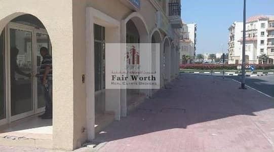 محل تجاري  للايجار في المدينة العالمية، دبي - Parking Side Corner Shop France Cluster