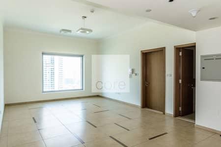 1 Bedroom Flat for Rent in Downtown Dubai, Dubai - Spacious 1 Bed Close to Dubai Mall Metro