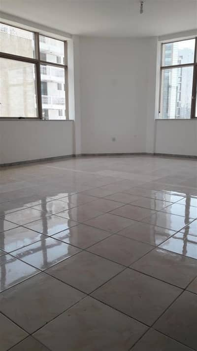 3 Bedroom Apartment for Rent in Tourist Club Area (TCA), Abu Dhabi - 3BR Apt  Maidroom 80k 4Payments Tourist Club Area!