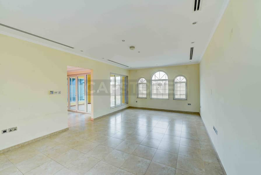 2 District 8 | Swimming Pool | Vacant | 3 BR