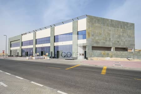 Shop for Rent in Al Barsha, Dubai - Combined Shell and Core Retail | Low Floor