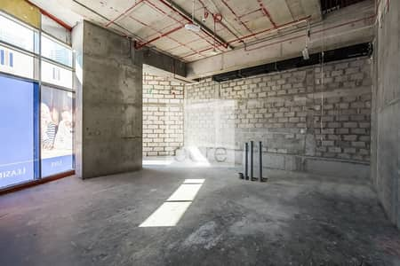 Shop for Rent in Dubai Marina, Dubai - Shell and Core | Retail Space | Low Floor