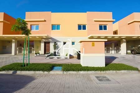 3 Bedroom Villa for Rent in Al Samha, Abu Dhabi - Single Row Corner 3 BR Villa with Garden