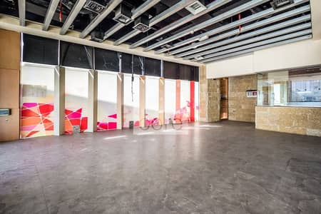 Shop for Rent in Dubai Marina, Dubai - Fitted Retail Space | Outdoor Features