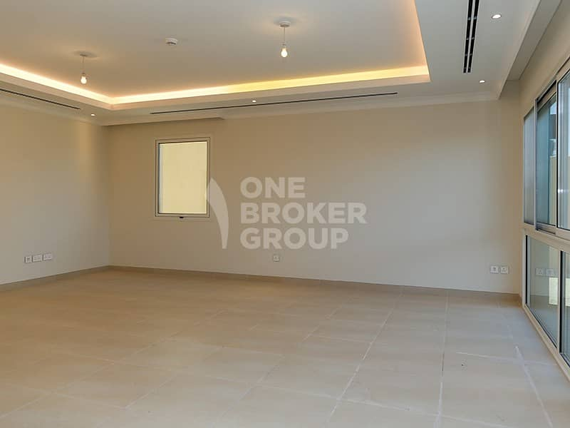 2 Best Deal | Top Location | Vacant Brand New 4D3