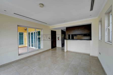 3 Bedroom Villa for Sale in Jumeirah Park, Dubai - 3 BR Legacy Small District 5 Single Row