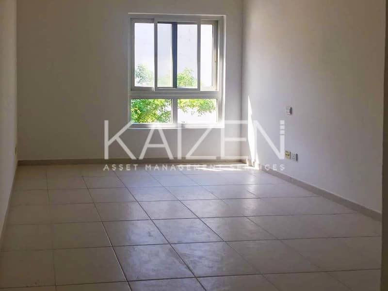 2 Lovely Spacious Apartment With Balcony In A Gated Community