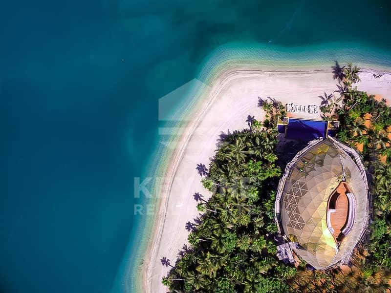 2 Ultra Luxury Villa with Private Beach