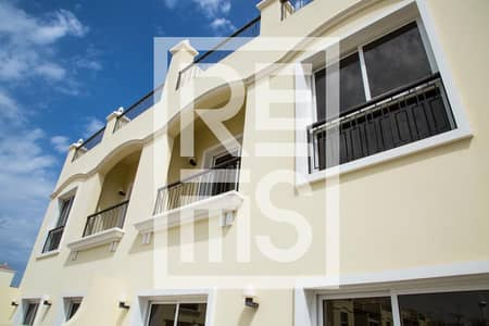 4 Bedroom Villa for Sale in Al Hamra Village, Ras Al Khaimah - Pay 2% monthly. Move in with No Down Payment