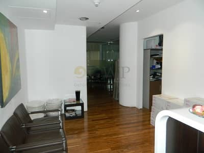 Office for Rent in Jumeirah Lake Towers (JLT), Dubai - Furnished office I Lake view I Mid floor