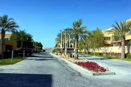 3 Bedroom Villa for Rent in Al Raha Gardens, Abu Dhabi - Vacant! Stylish 3BR Villa w/ private garden