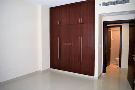 3 Bedroom Flat for Rent in Al Barsha, Dubai - Multiple chq| Plus Storage and Maid's room in Al Barsha