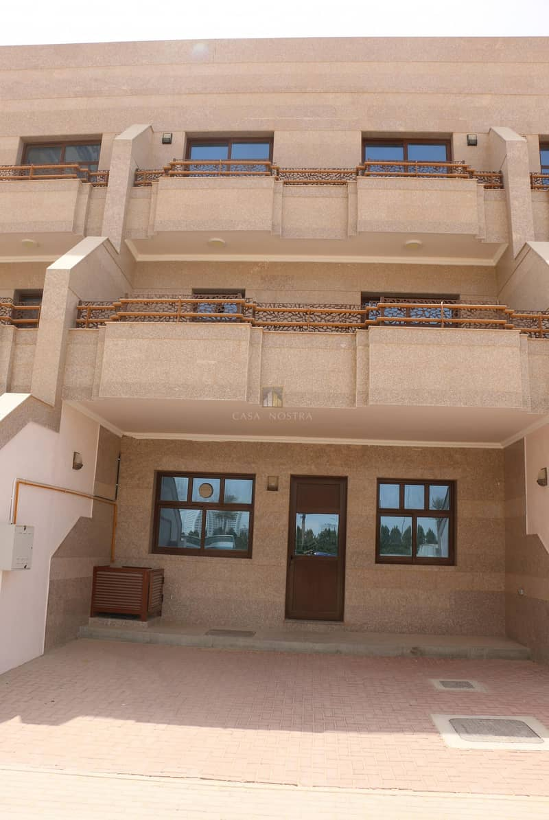10 Brand New Luxury Huge 5BR+Maid Townhouse