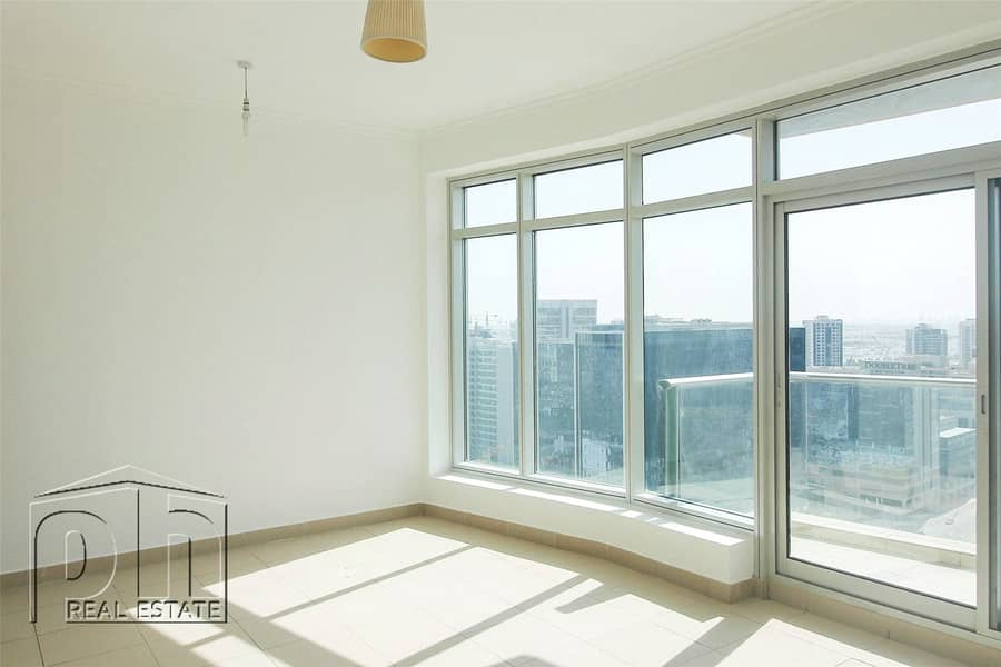 2 High Floor | 1 Bedroom | 1 Bathroom | 78K