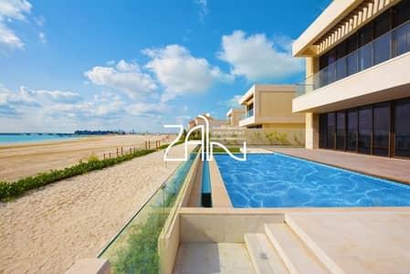 5 Bedroom Villa for Rent in Saadiyat Island, Abu Dhabi - Beach Front 5 BR with Landscaped Garden