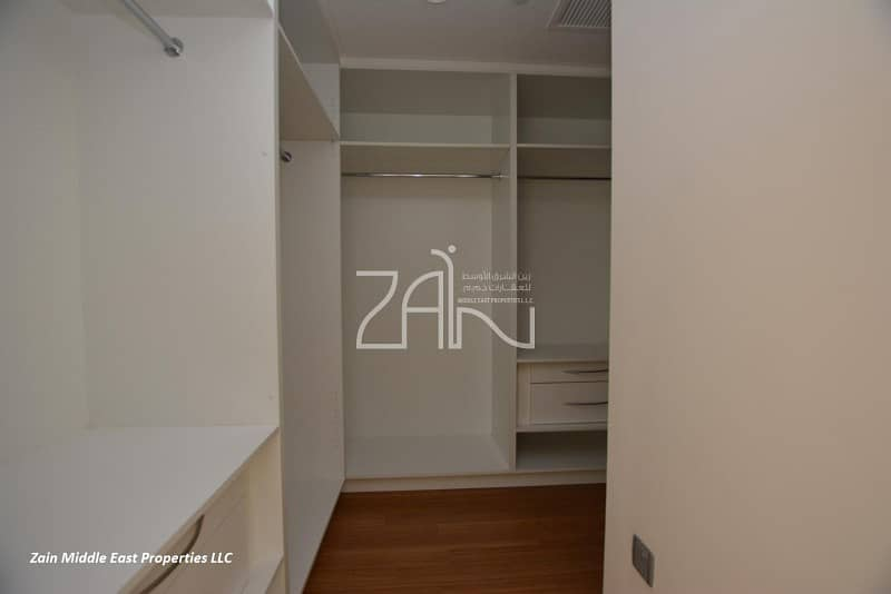 10 Best Deal! Spacious 3+M Apt with Balcony