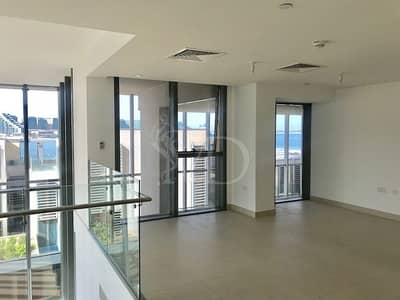 5 Bedroom Villa for Rent in Al Raha Beach, Abu Dhabi - Luxury living by the beach here in Zeina