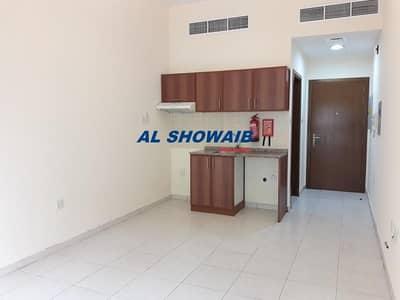 Spacious studio available behind al futtaim mosque  Al Murar Deira