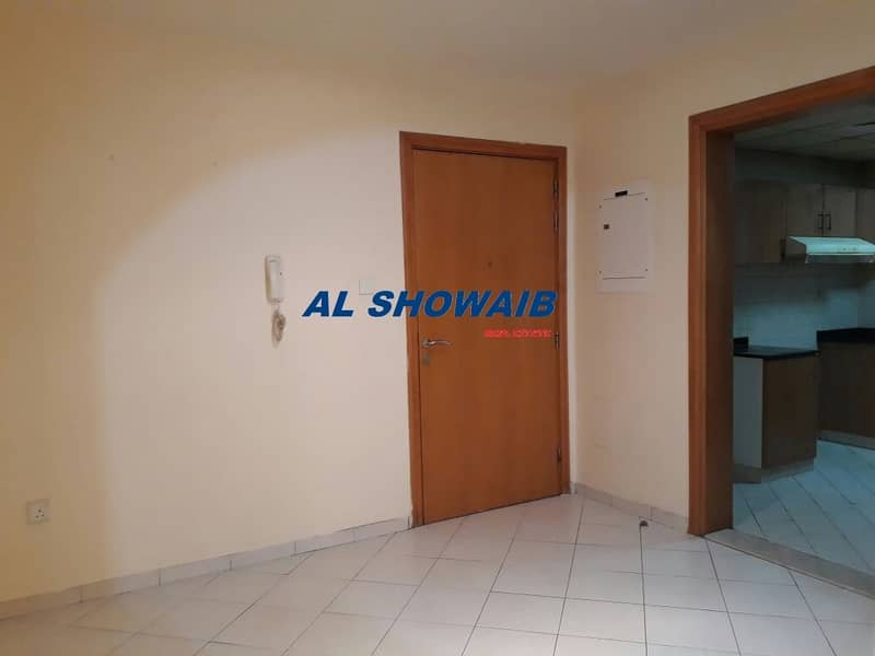 9 Spacious 2 BHK available near Emirates Driving institute