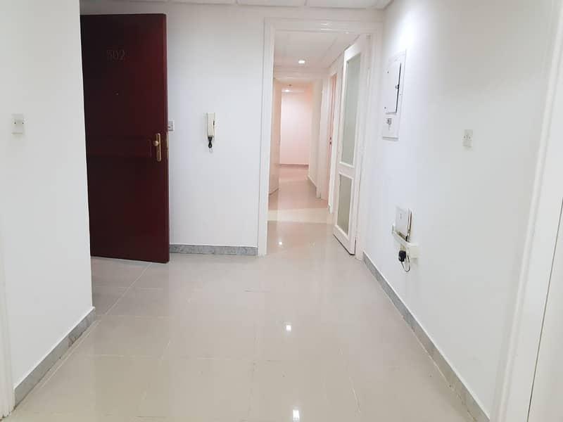 شقة في شارع الفلاح 3 غرف 85000 درهم - 3802929