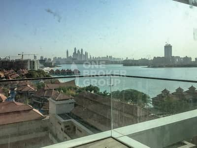 2 Bedroom Apartment for Sale in Palm Jumeirah, Dubai - Palm Atlantis View