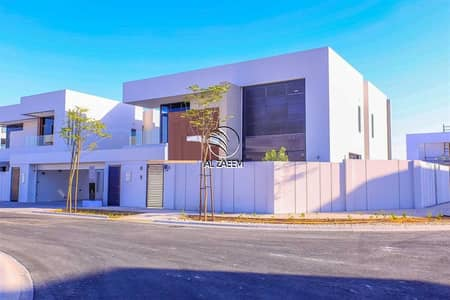 Villa for Sale in Yas Island, Abu Dhabi - Hottest Deal!! Luxurious 4 Bedroom Villa in West Yas