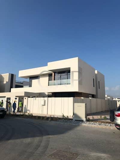 Brand New Villa | Large Corner Plot | Very Private | Excellent Location