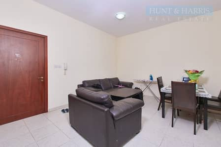 2 Bedroom Flat for Sale in Al Hamra Village, Ras Al Khaimah - Converted 2 bedroom apartment- Located close to Al Hamra Mall
