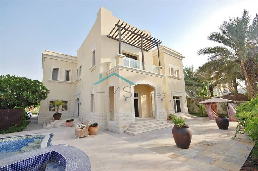 Stunning Villa | Private Pool | Full Lake View